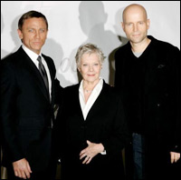 Daniel Craig, Judi Dench and Marc Forster at a Quantum of Solace press event