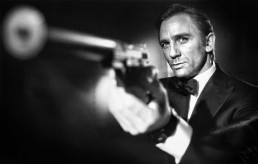 Daniel Craig with Gun Casino Royale